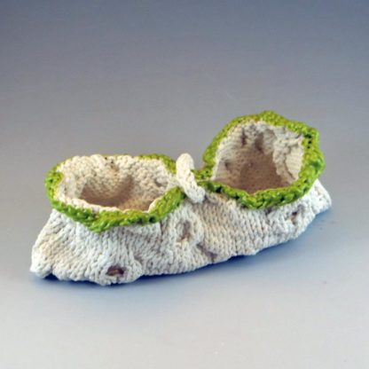 knitted porcelain peapod bag