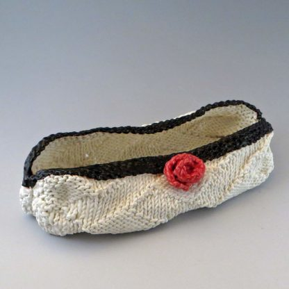 knitted porcelain bag with rose