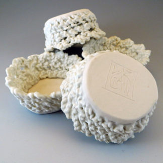 knitted porcelain candy cup