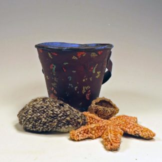 ceramic pail knitted shells